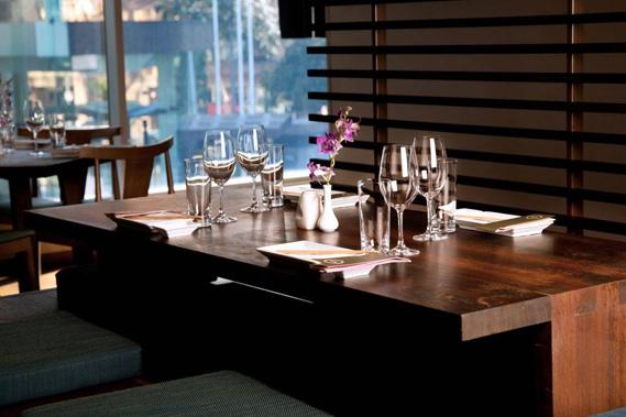 Stolovi za restorane - Linea Milanovic