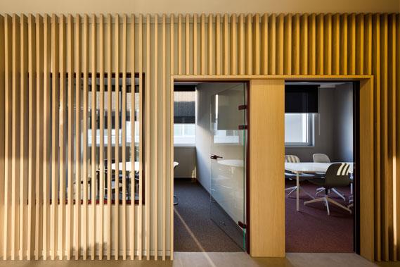 Enterijer office-a i  kancelarijski nameštaj po meri - Linea Milanovic
