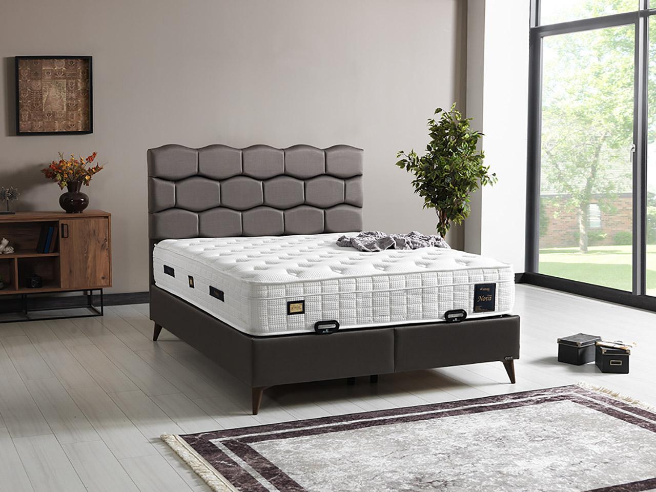 tapacirani bracni krevet sa podiznim mehanizmom i prostorom za odlaganje